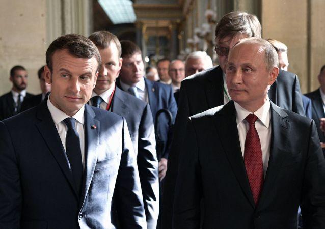 ملاقات پوتین و ماکرون در حاشیه اجلاس G20
