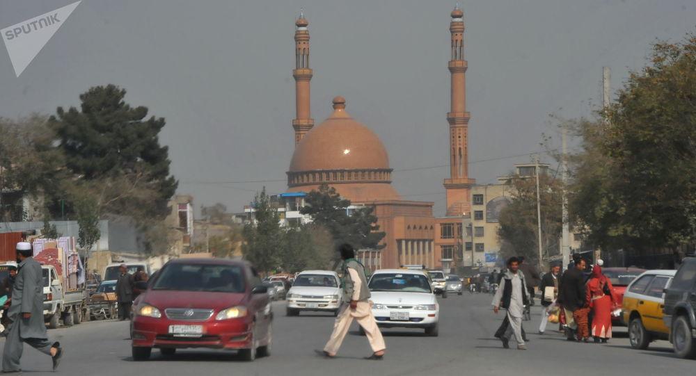 از هر ده تن چهار تن در افغانستان از گرسنگی رنج میبرند