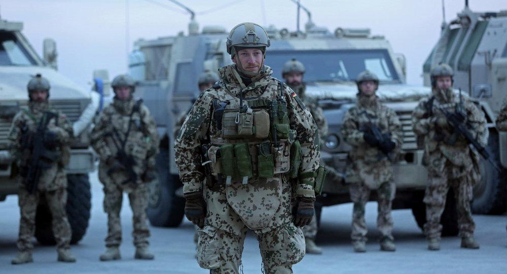 ناتو همزمان با آمریکا در ماه سپتامبر افغانستان را ترک می کند