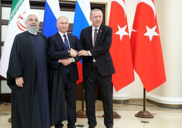 روسای جمهور روسیه، ترکیه و ایران در نشست سهجانبه در مورد حل و فصل بحران سوریه – سوچی