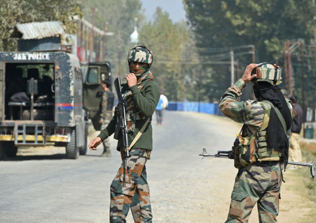کشته شدن 10 هندی در تیر اندازی بر جامو و کشمیر توسط پاکستان