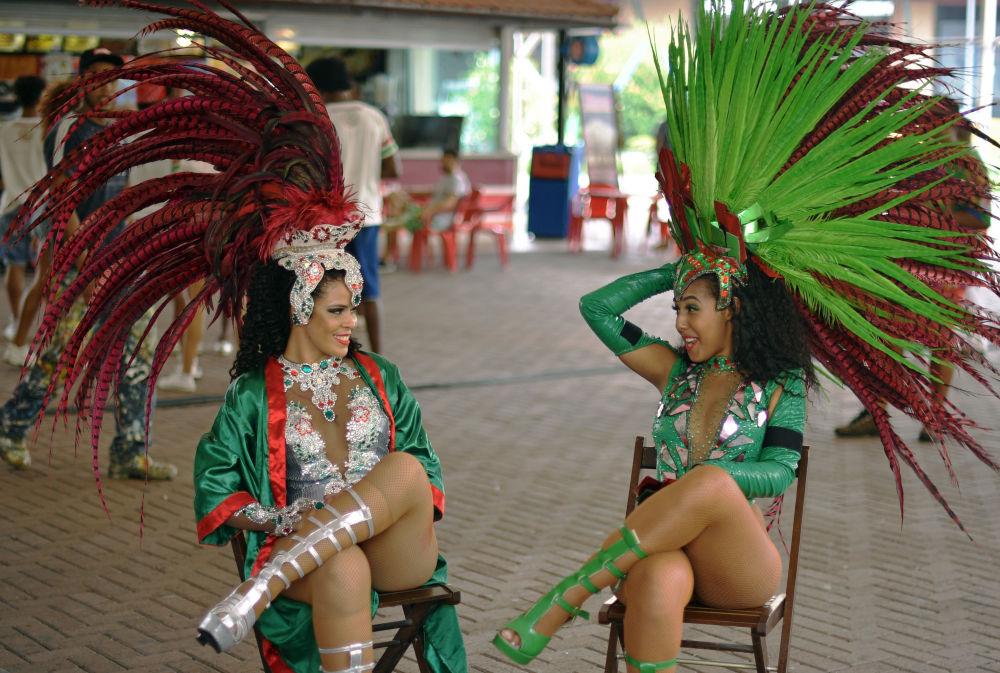 رقاصان سامبا - ریو دو ژانیرو، برازیل
