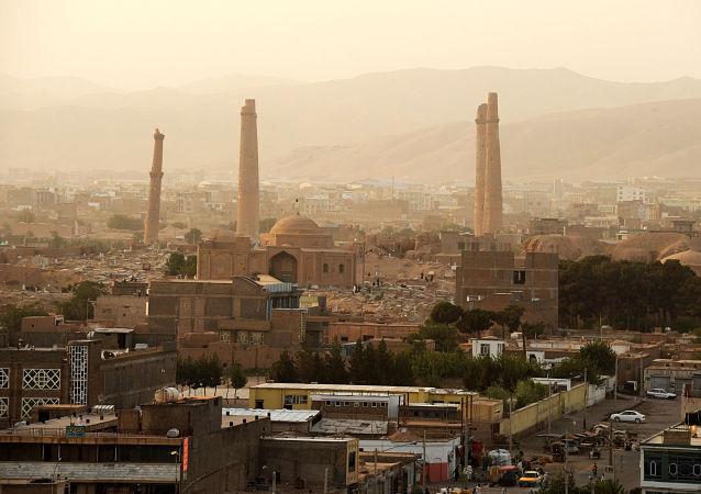سفر والی خراسان رضوی ایران به افغانستان