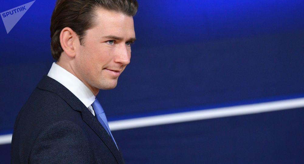 اتریش از احتمال خرید واکسن روسی سخن گفت