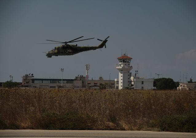 اصابت دهها راکت به پایگاه نظامی امریکا در نزدیکی فرودگاه بغداد