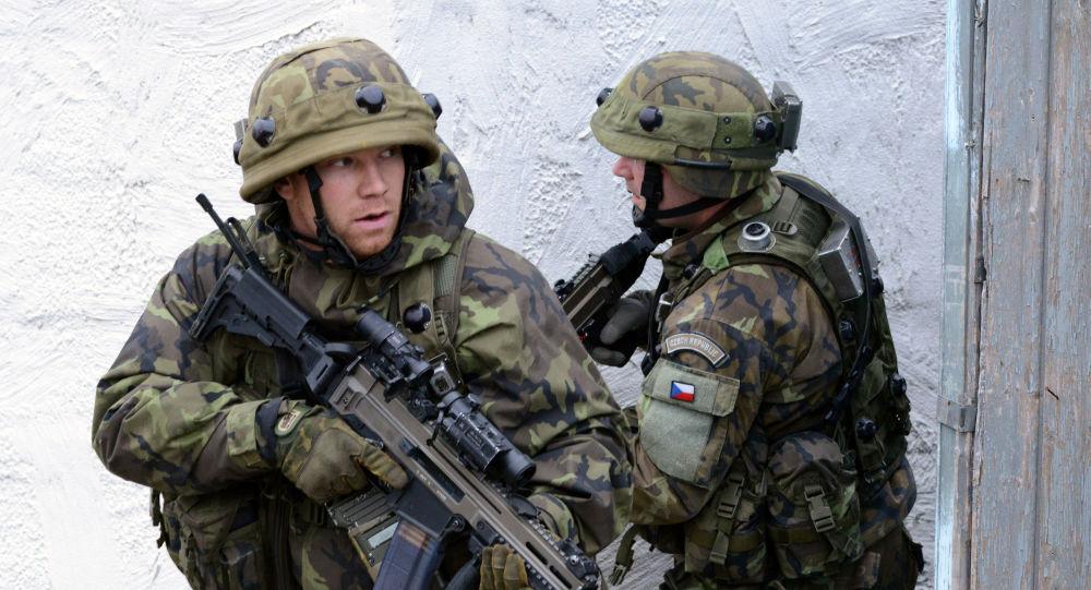 چهار سرباز چک متهم به قتل یک افسر افغان