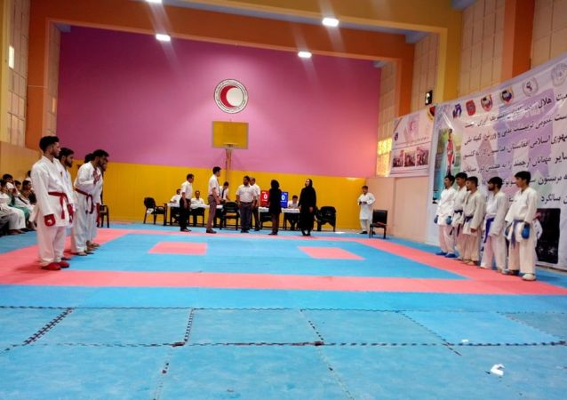 مسابقات تیمی کاراته شوتوکان