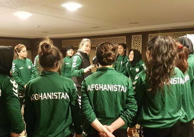 کیلی لیندزی مربی تیم ملی بانوان افغانستان
