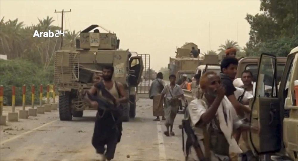 نیروهای امارات در تلاش تصرف یکی از شهرهای یمن