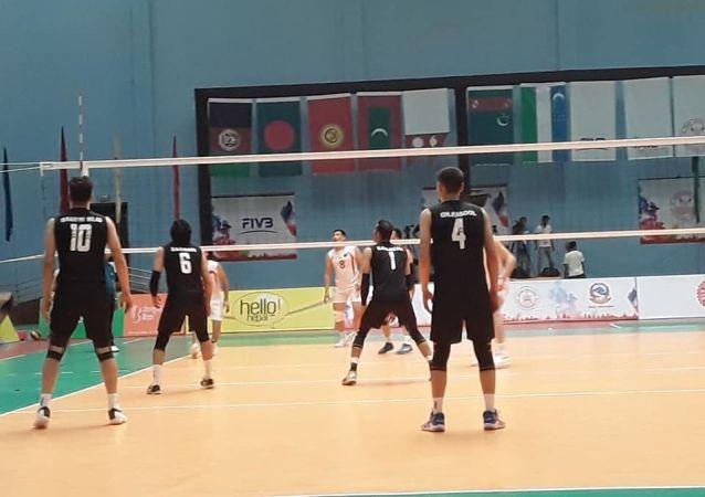 تیم ملی والیبال کشوردر نخستین بازی در رقابتهای مرکز آسیا، برابر ترکمنستان شکت خورد.