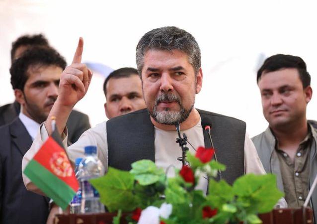 واکنش نبیل به فرار سربازان افغانستانی به پاکستان