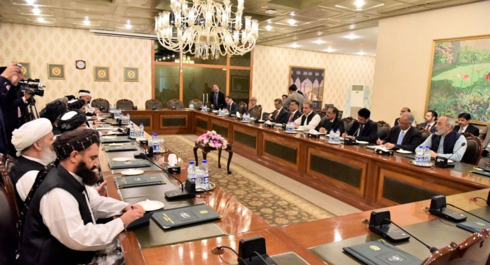 دیدار ملا برادر با وزیر خارجه پاکستان
