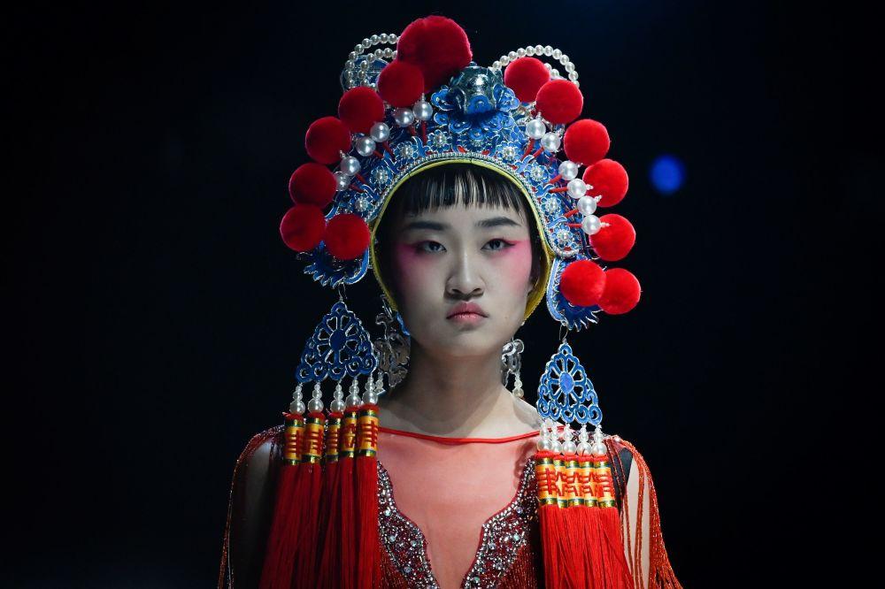 هفته مُد چین