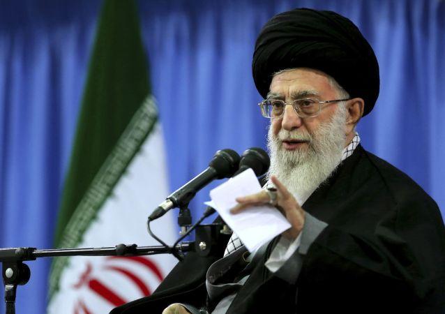 رهبر ایران: مسئولان کشور برادر افغانستان عاملان خونخوار جنایت کندز را مجازات کنند