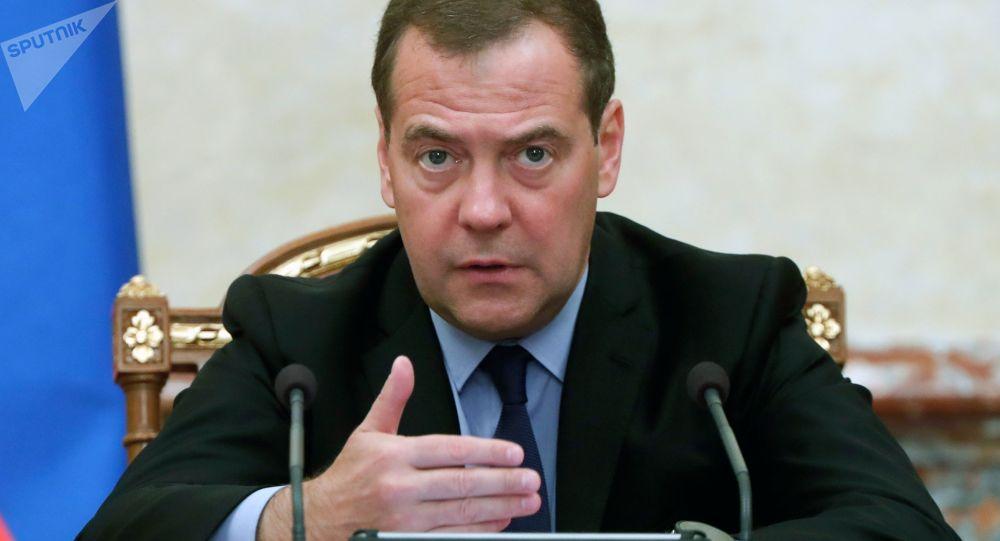 مدودوف: موضوع تمدید پیمان استارت نو به تصمیم گیری فوری نیاز دارد