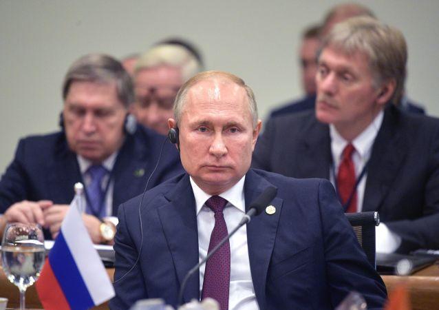 پوتین: پژوهشهای مشترک پروسه ساخت واکسین کرونا را تسریع میبخشد