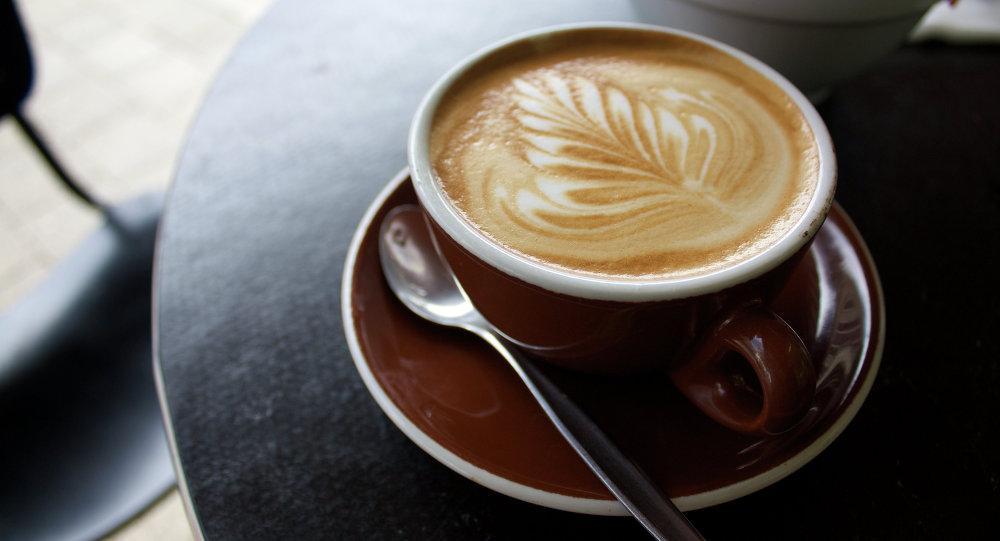 نوشیدن بیش از اندازه قهوه حجم مغز را کاهش میدهد