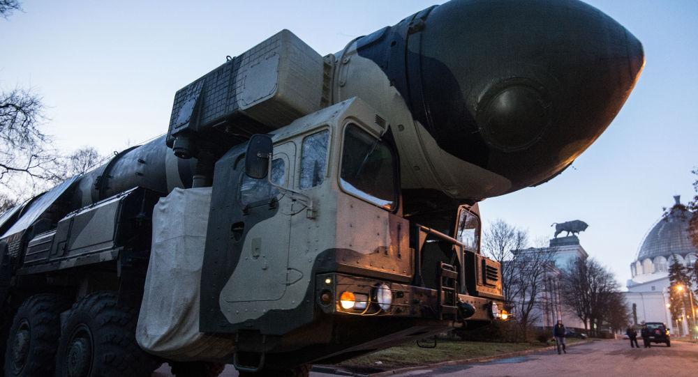 آزمایش موفقیت آمیز راکت بالستیک قاره پیمای روسیه