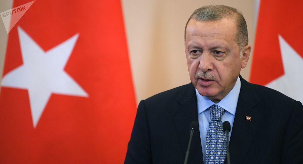 اردوغان: به خرید سامانه اس-400 ادامه میدهیم
