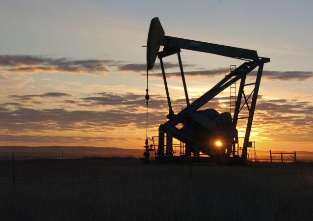 قیمت جهانی نفت سرسام آور بالا رفت