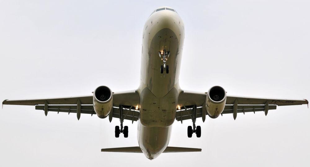 هواپیمای حامل کمکهای ایران در فرودگاه کابل بر زمین نشست