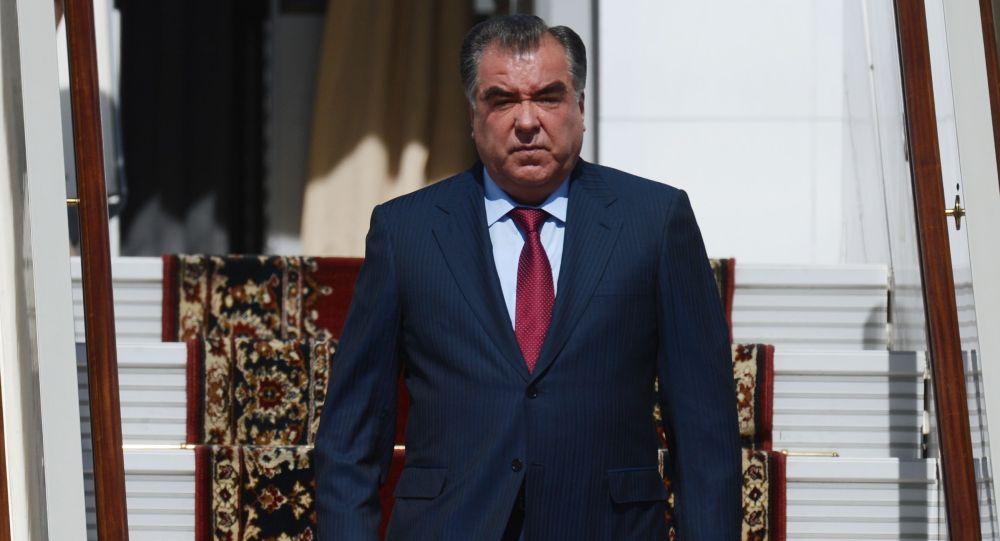 رحمان: تاجیکان که ۴۶ درصد جمعیت افغانستان را تشکیل میدهند