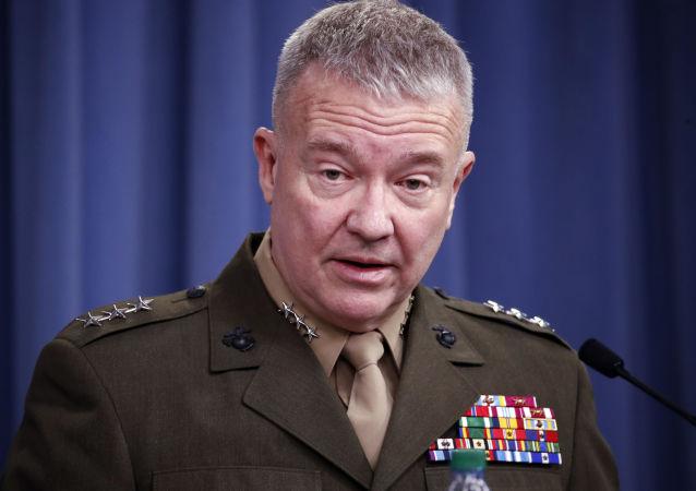 جنرال امریکایی از تخریب انبار های بزرگ اسلحه در عراق خبر داد