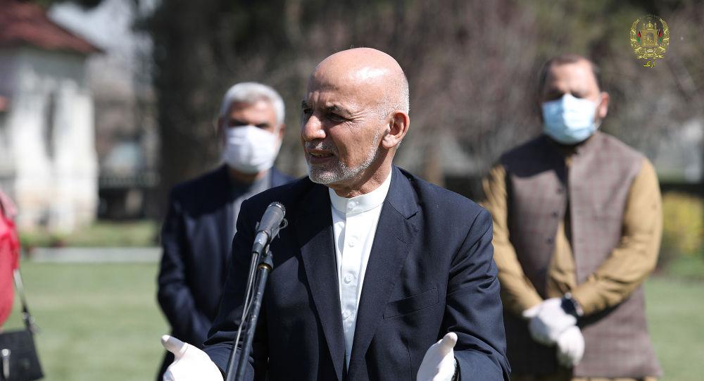 غنی: شمار مهاجران افغانستان کاهش یافته است