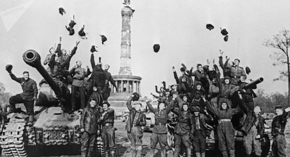وزارت دفاع روسیه اسناد آرشیفی مربوط به آغاز جنگ جهانی دوم منتشر کرد