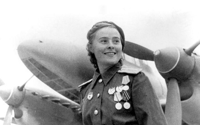 ماریا دولینا، پیلوت نظامی و قهرمان اتحاد جماهیر شوروی