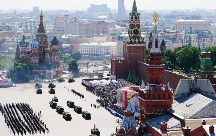 رژه نظامی بزرگداشت از75مین سالگرد پیروزی بر فاشیسم در میدان سرخ مسکو