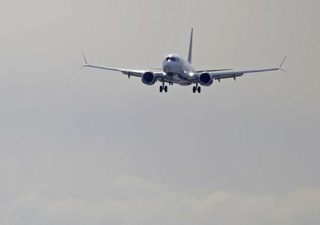 ناپدید شدن یک هواپیمای بوینگ پس از 4 دقیقه پرواز از جاکارتا