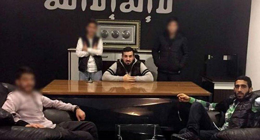 شبه نظامیان داعش شروع به تجارت ماهی و موتر کردند
