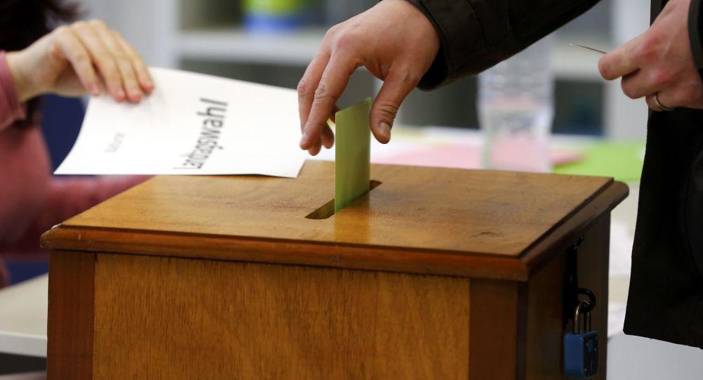 اعلام نتایج اولیه انتخابات در آلمان/ حزب رقیب مرکل پیشتاز است