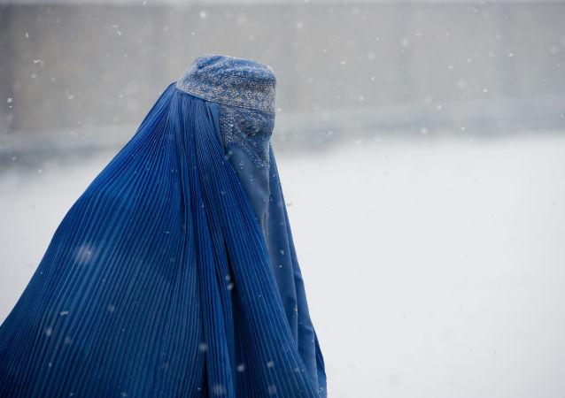طالبان استاندارد حجاب برای زنان را مشخص کرد