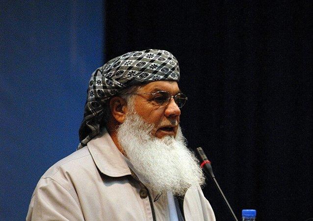 هرات در محاصره طالبان؛ اسماعیل خان رهبری مقاومت را برعهده گرفت