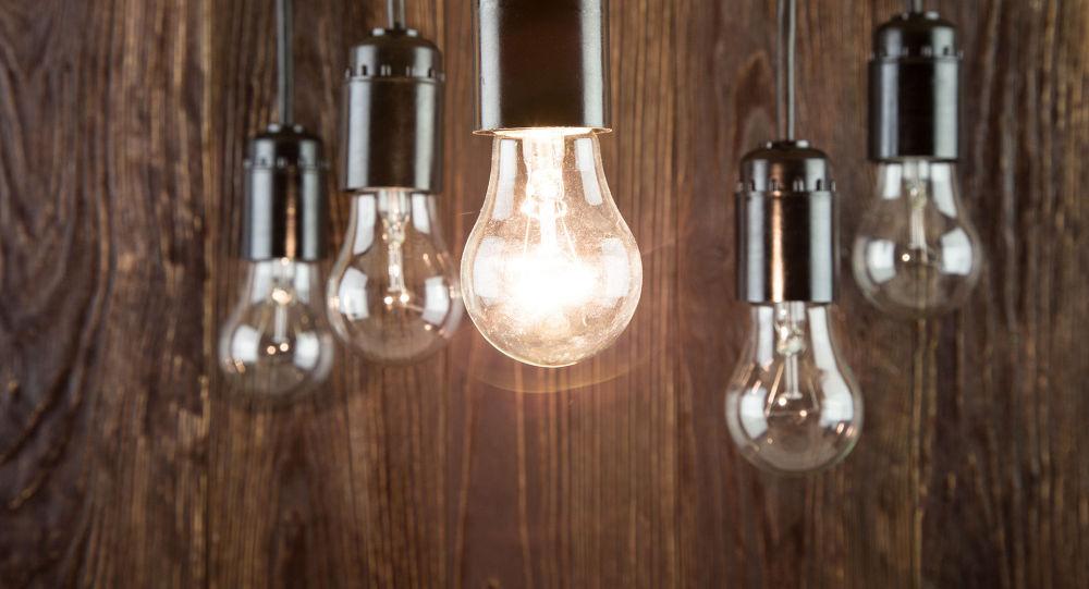 خطرقطع برق در فصل زمستان /کلید برق افغانستان در خانه همسایگان